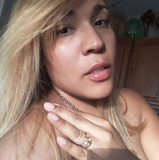 Noemi Gonzalez Steals husbands and verbally abused wives